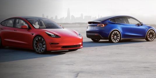 Tesla má většinu amerického trhu s elektromobily