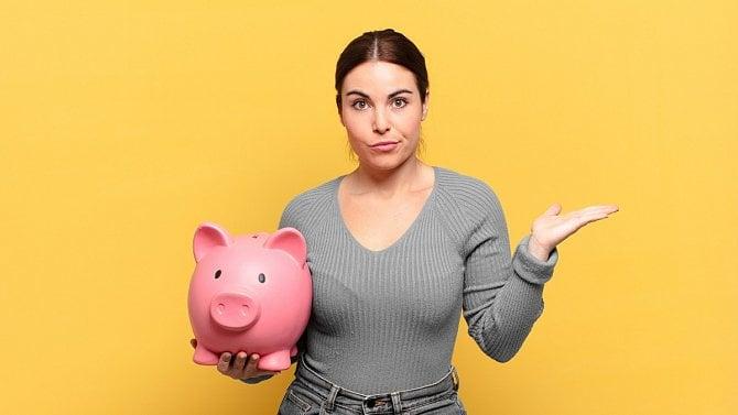 Stále jste si nevybrali úspory z II. pilíře důchodového spoření? Obraťte se na berňák