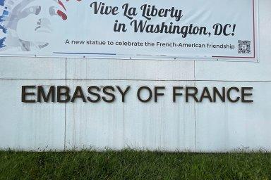 Francouzský diplomatický políček: Za zrušený kontrakt na ponorky odvolal Macron své velvyslance v USA a Austrálii