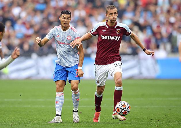 ONLINE: Hraje se londýnské derby, Ronaldo pomohl k otočce s West Hamem