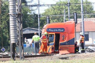 Za tragickou nehodu ve Studénce mohou dráhy dostat další desítky milionů odškodnění