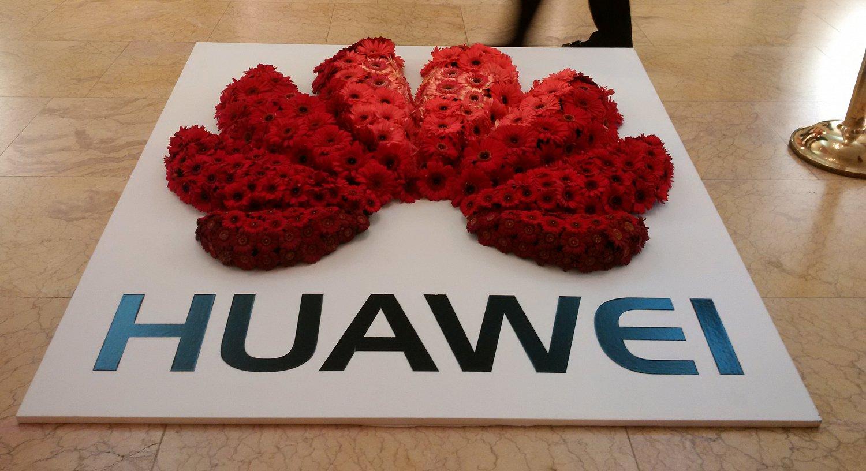 Huawei si i přes sankce loni v Česku udrželo tržby šest miliard korun