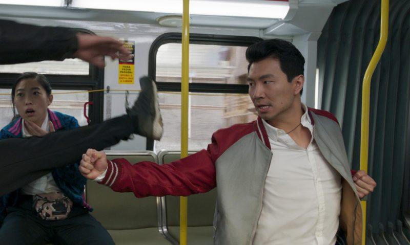 Marvelovka Shang-Chi a legenda o deseti prstenech v kinech překročila 300 milionů dolarů