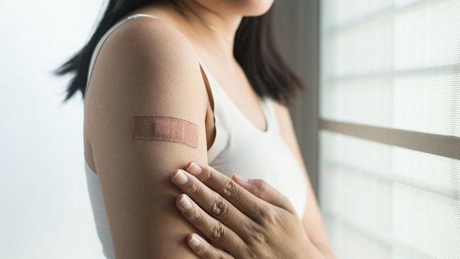 Vakcína proti covidu ichřipce naráz a další novinky vočkování