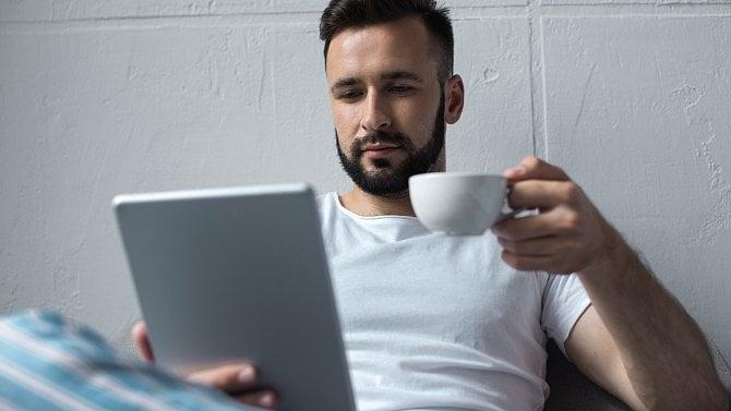 Digitální média mění mozek. Klíčová slova hledáme ivrománu