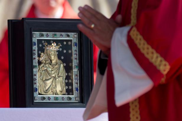 Česko vzpomíná smrt svatého Václava. V Boleslavi se otevře opravená bazilika