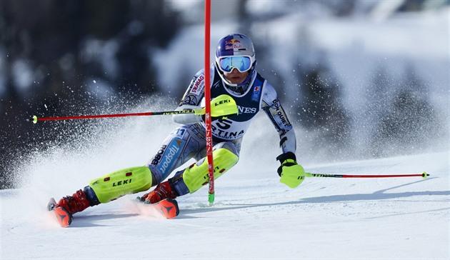 ONLINE: Ledecká vstupuje do sezony, v Söldenu jede obří slalom