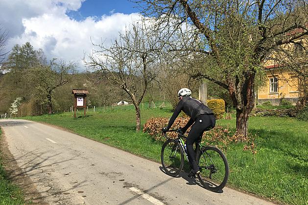 Český výletník: Parádní cyklostezka, kde Komenský skákal z okna na ženský