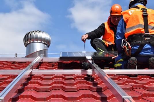 Obce si pořizují fotovoltaiky bez investičních nákladů, solární elektrárny šetří finance i přírodu