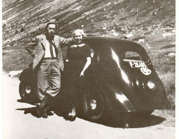 Cesty Karla Čapka: přežil srážku vlaků, užíval si automobilové jízdy Evropou