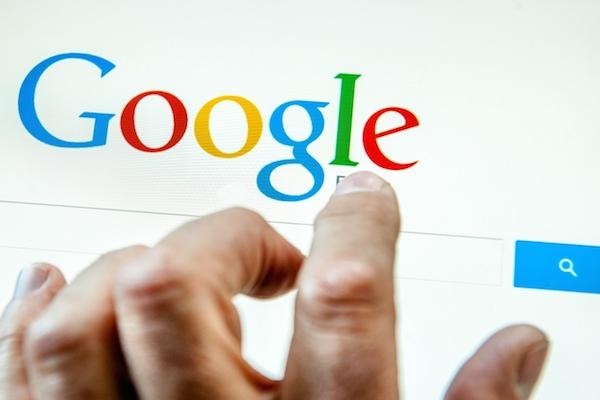Google ve Francii zaplatí pokutu za protežovaní vlastní reklamy