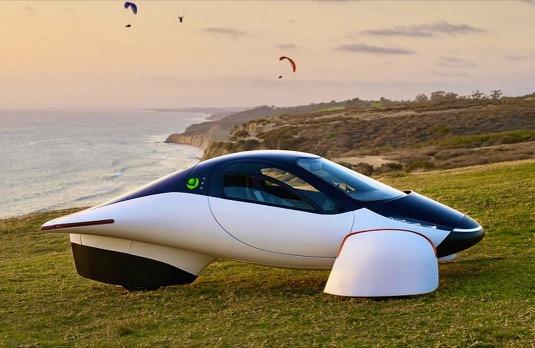 Aptera ukázala další prototyp solárního elektromobilu s dojezdem 1600 km