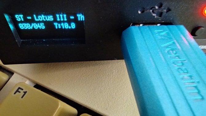 Projekt Amiga: datové úložiště aneb jak nahrávat software zflash disku