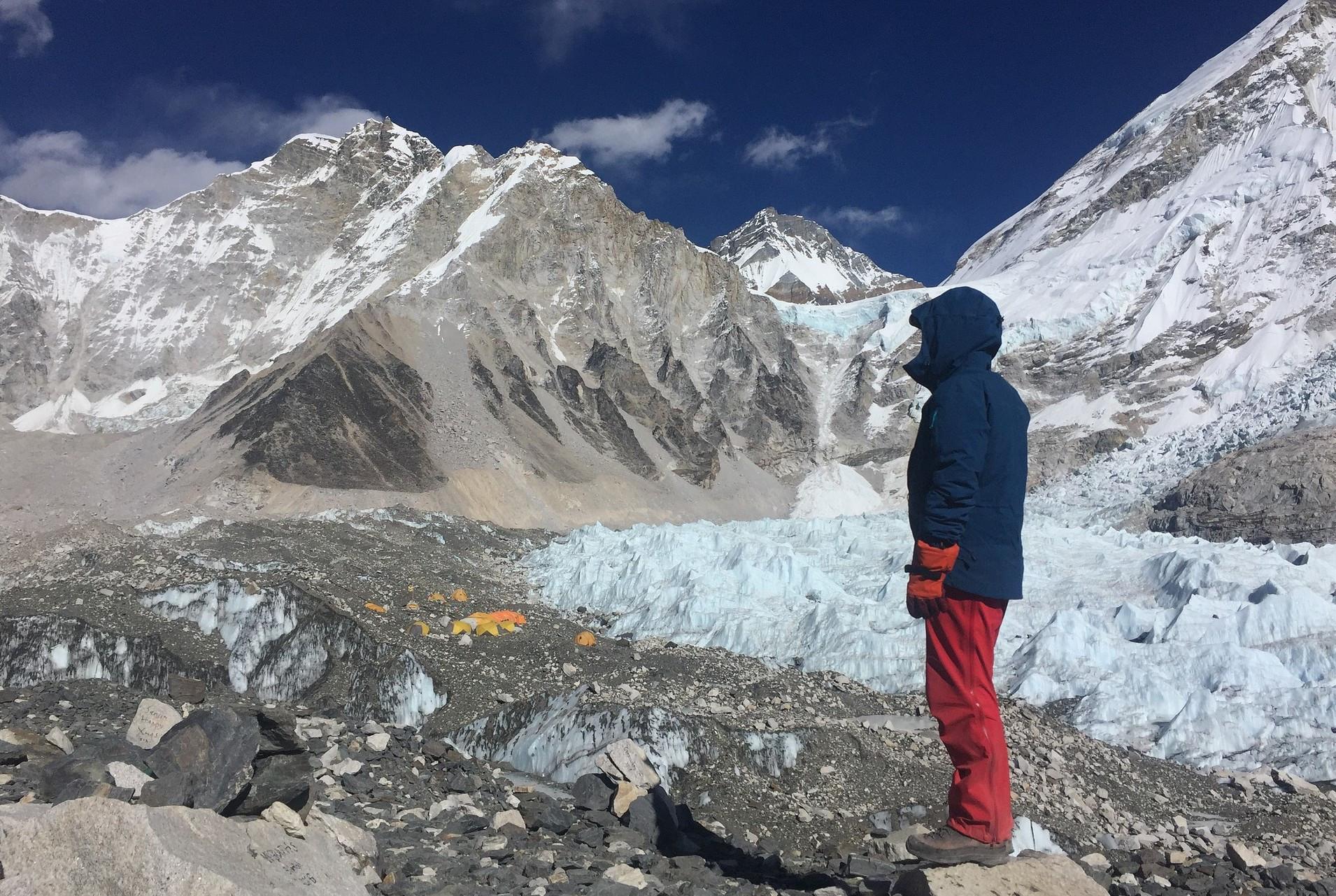 Čang Chung: zhlubin beznaděje povstal třetí nevidomý pokořitel Mount Everestu