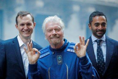 Bezosův a Muskův vesmírný sok plánuje další vstup na burzu. Miliardář Branson vypustí na IPO svou Virgin Orbit