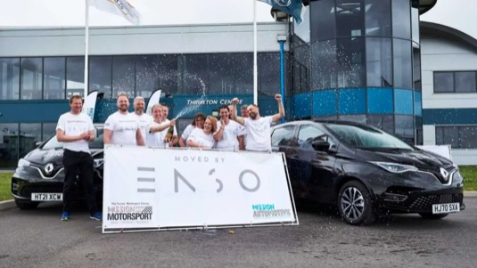 Elektromobil Renault Zoe ujel na jedno nabití rekordních 764,9 km