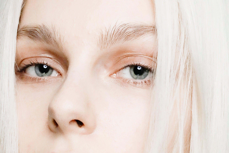 Proč oči stárnout rychleji a jednoduché kroky, jak tomu aktivně bránit