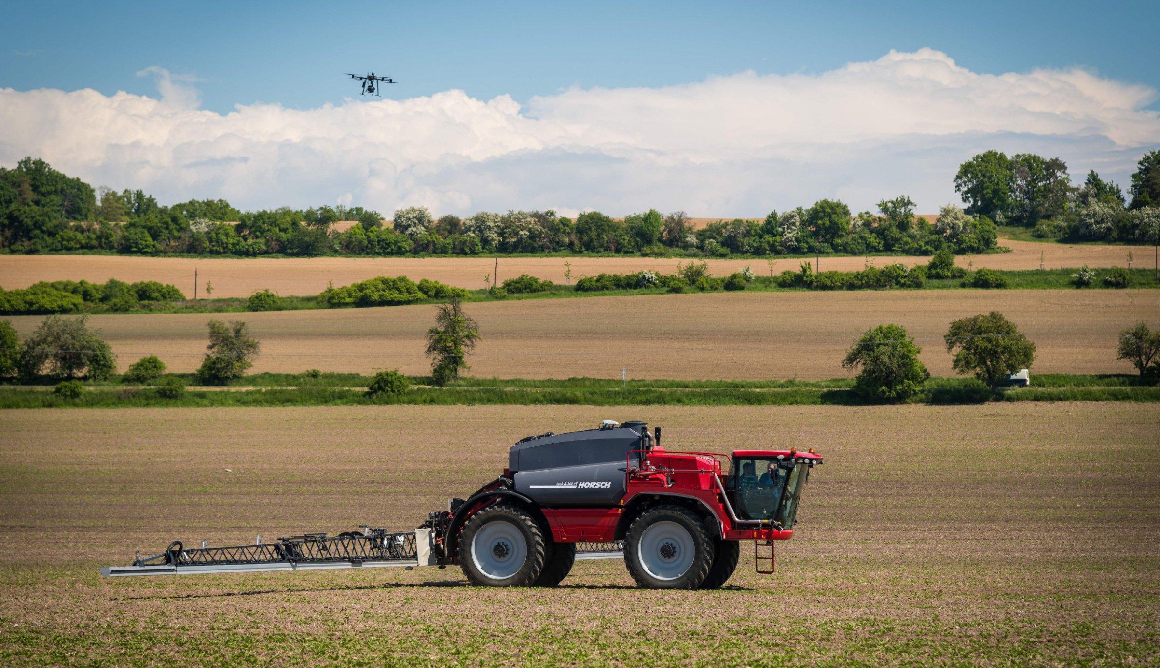 Ani zrno nazmar. Německo-český startup ukazuje budoucnost zemědělství