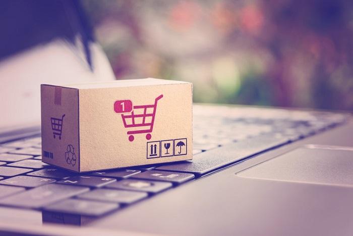 E-commerce po rozvolnění klesá, drží si ale některé kategorie