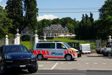 Edvard Beneš si tu běháním po chodbách udržoval fyzičku. Proč se Biden a Putin scházejí zrovna v Ženevě?