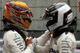 Krize Mercedesu? 'Opět budou silní, Hamilton bude opět hlavním favoritem,' myslí si expert