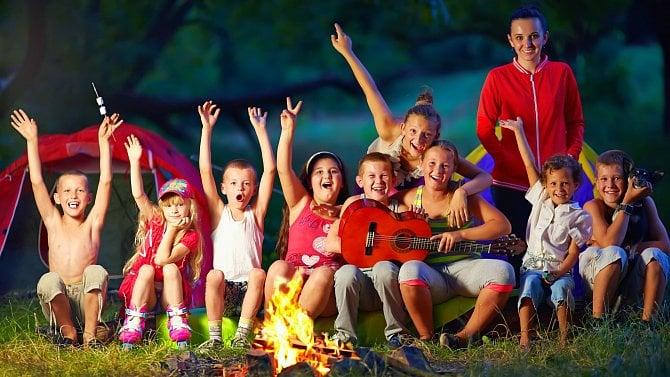 Letní tábory nezastaví ani testování dětí. Zbývají už jen poslední místa