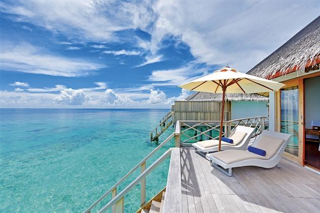 Maledivy a Karibik do deseti hodin. Čedok představil Airbus do exotiky