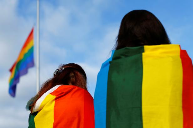 Maďarsko nechce osvětu o LGBT. Její zákaz poslanci vměstnali do normy proti pedofilii