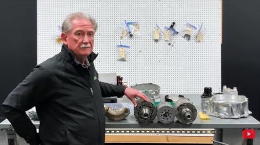 Sandy Munro rozebral elektromotor Volkswagen ID.4 a řekl k němu svoje