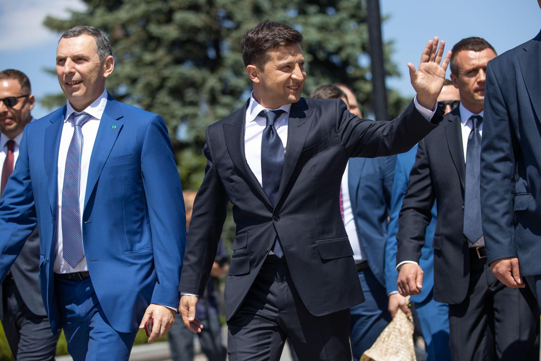 Zelenskyj: NATO přijme Ukrajinu. Biden: Ne tak rychle, musí se zbavit korupce adalších