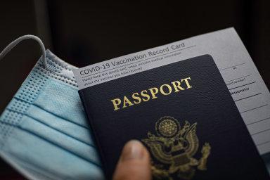 Živě: Jednodušší cestování. Co pro nás znamená zavedení covid pasů a jaký bude jejich přínos? Sledujte debatu