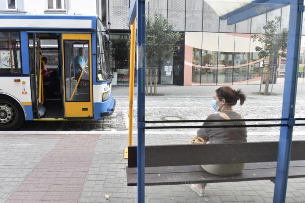 Vlaky na málo vytížených středočeských tratích mají nahradit autobusy. Kraj ušetří desítky milionů